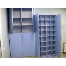 Шкаф и картотека для медицинского центра «Кадуцей» по адресу наб. Обводного канала  д. 66, лит. А,пом. 10Н