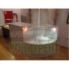 5 комбинаций витрина- прилавок расположенные в музее Петропавловской крепости